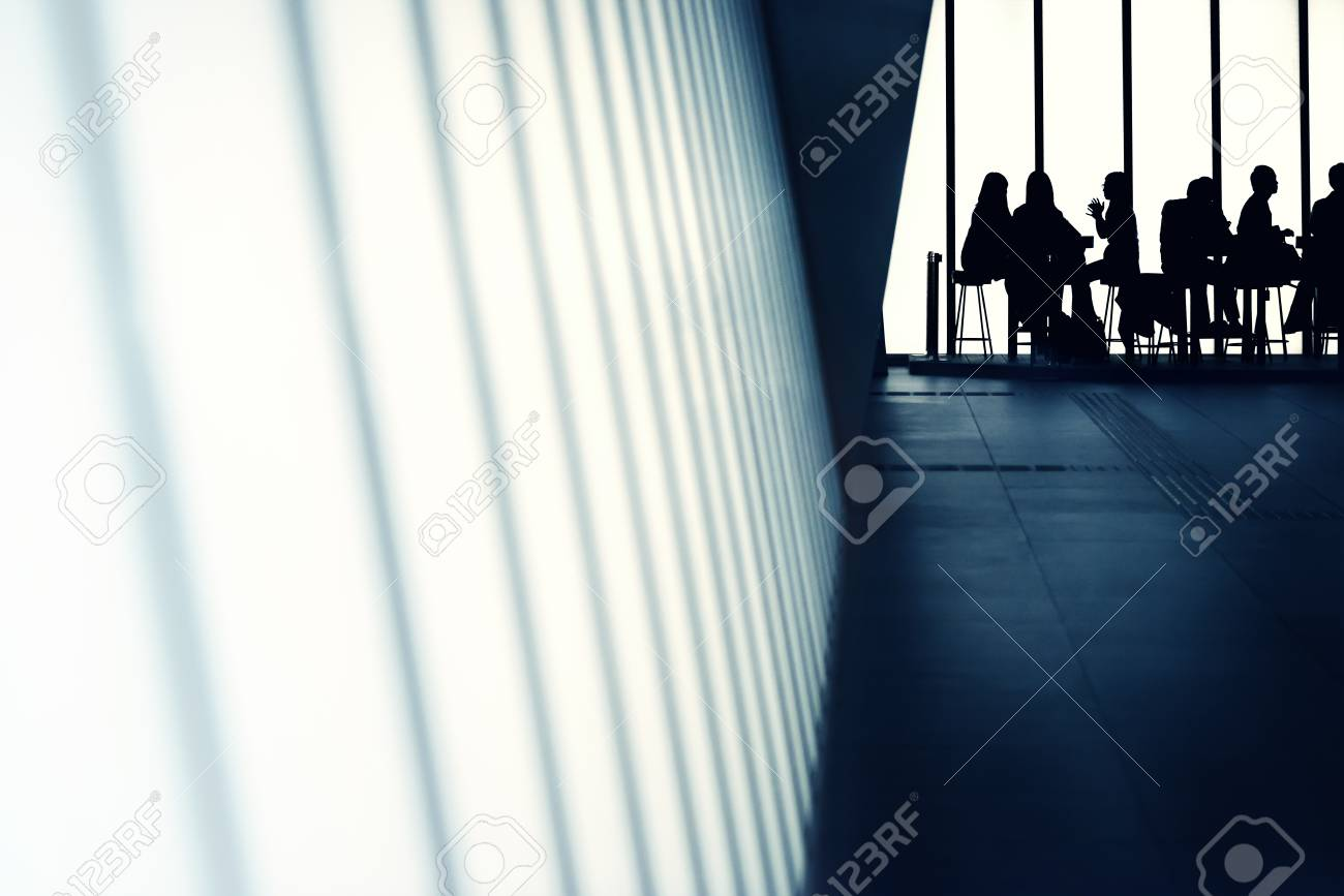 The lobby of the office building, the Japanese people. - 49014405