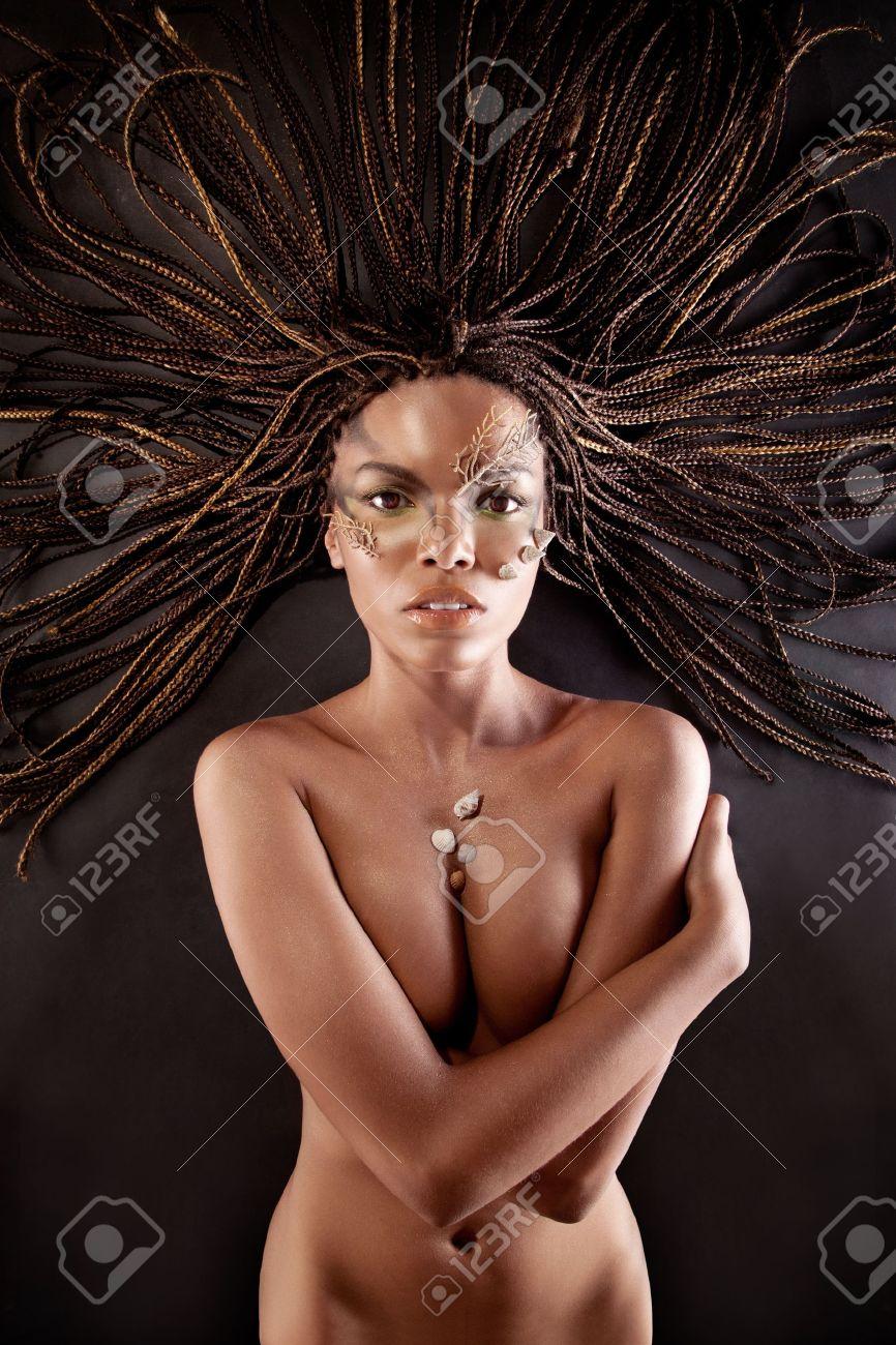 Чернокожая девочка голая 17 фотография