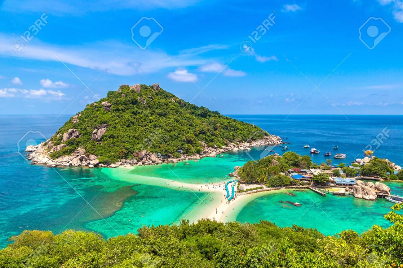 Nang Yuan Island, Koh Tao, Thailand in a summer day - 107419595