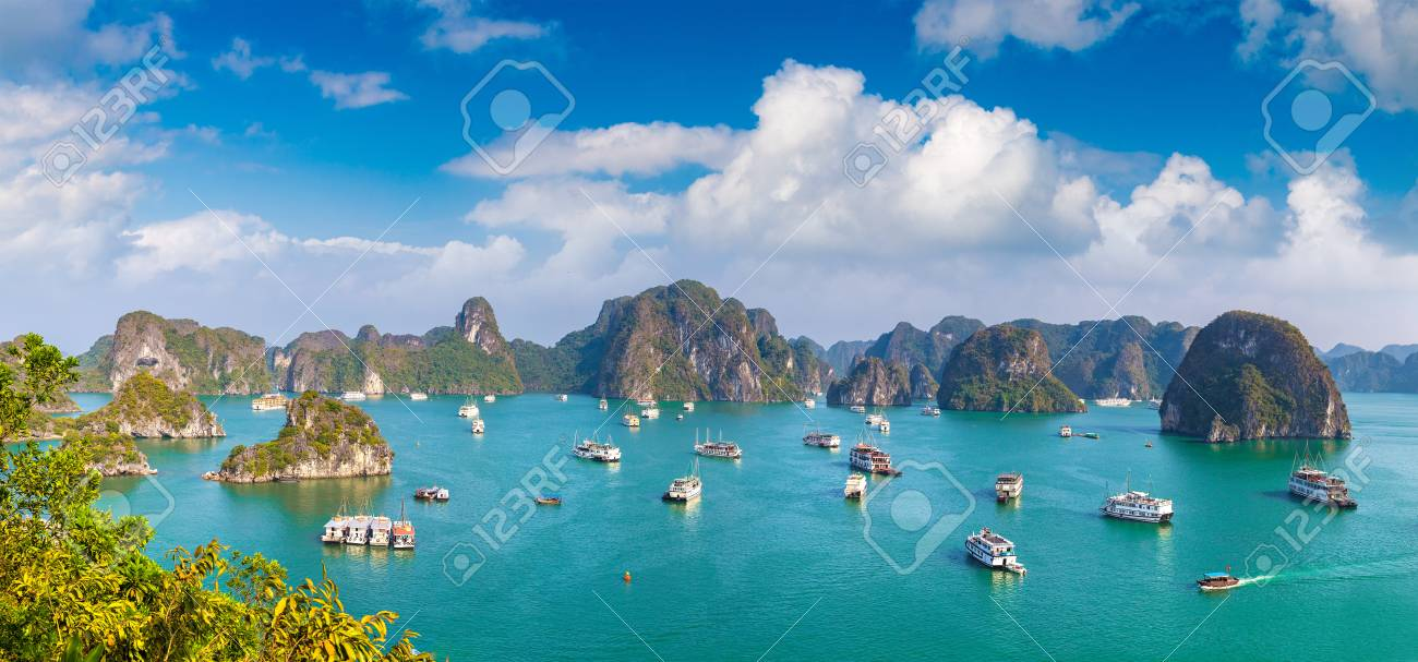 Panorama of Halon bay, Vietnam in a summer day - 109508849