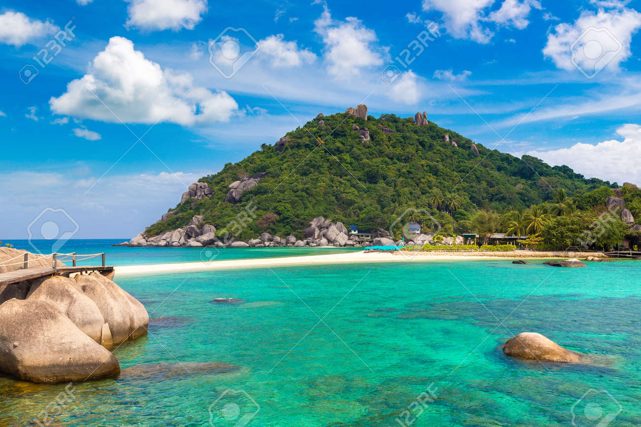 Nang Yuan Island, Koh Tao, Thailand in a summer day - 173329163