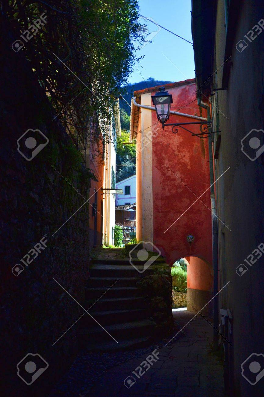 colored houses in italy Stock Photo - 57608408