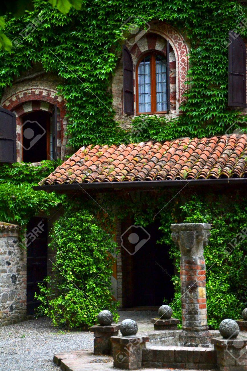 medieval style house Stock Photo - 58419798