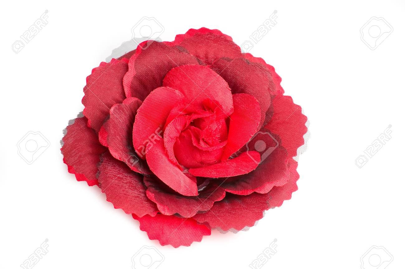 Un Clip Fleur Rouge Cheveux Pour Les Femmes Sur Fond Blanc Isole