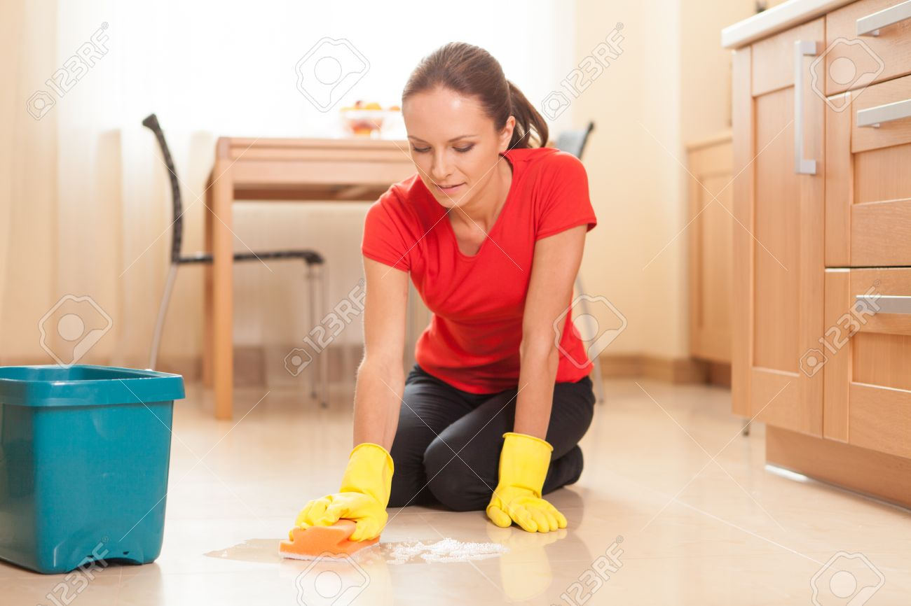 Kitchen Floor Cleaners Young Girl Washing Floor In Kitchen Beautiful Housewife Doing