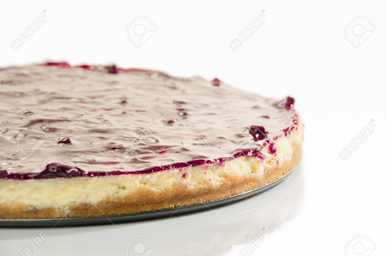 hot cheesecake isolated on white Stock Photo - 18374371