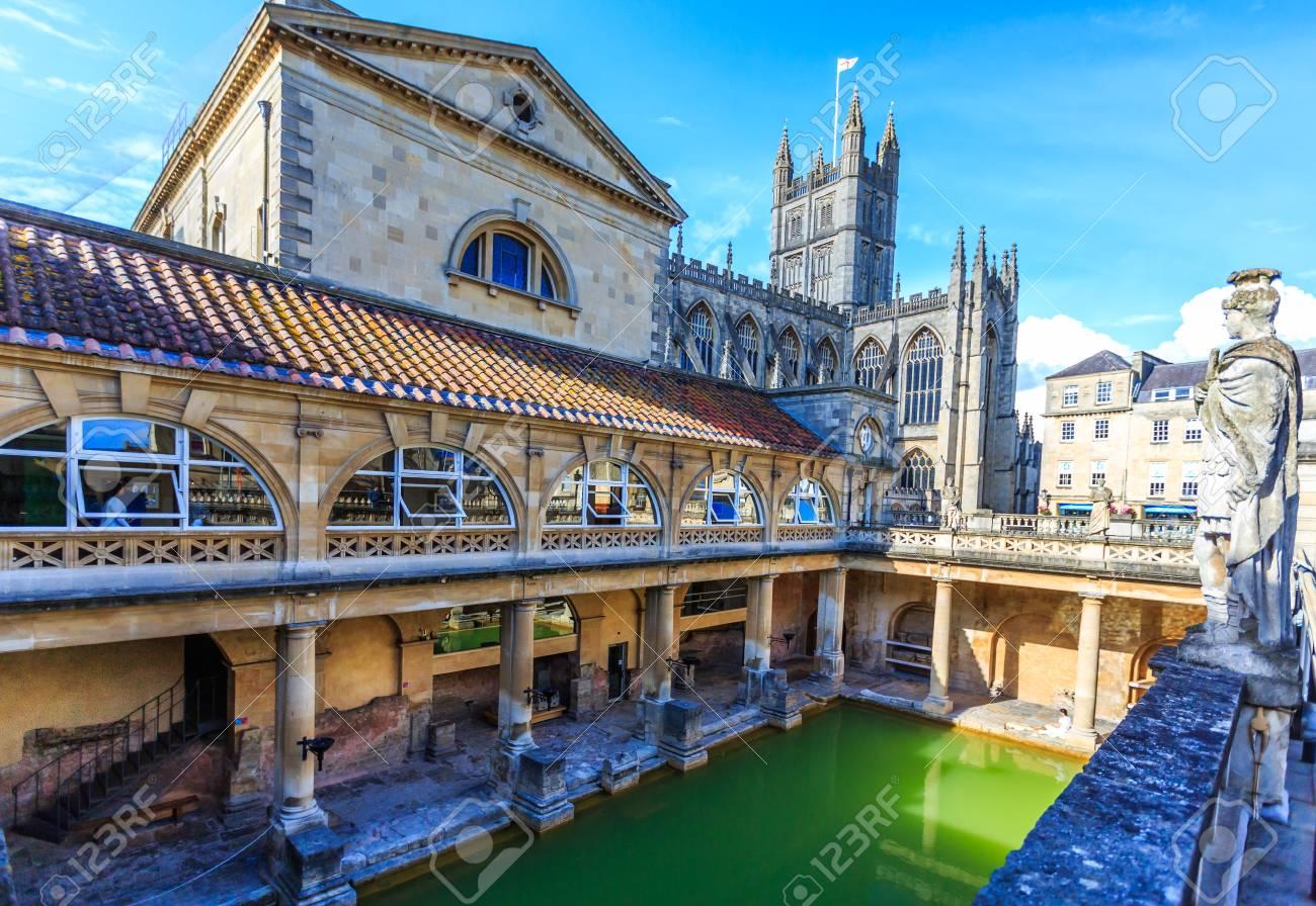 Bath Vasca Da Bagno In Inglese : Il complesso delle terme romane è un sito di interesse storico nella