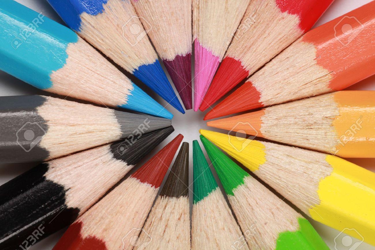 Colored crayons forming a circle. Stock Photo - 12078875