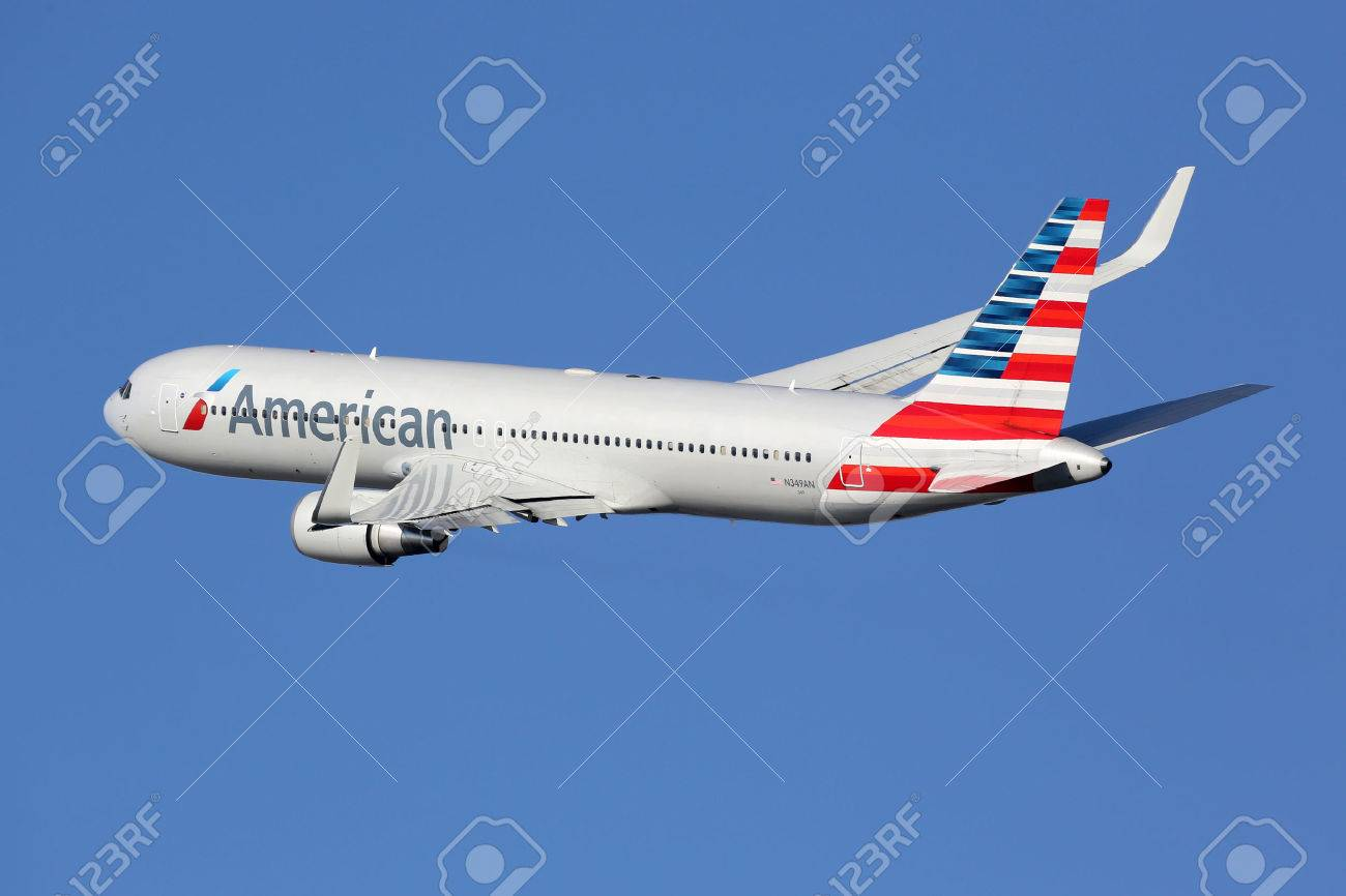 Barcelona, Spain - December 11, 2014: An American Airlines Boeing