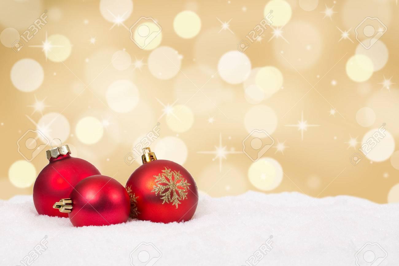 Red Bolas De Navidad De Oro De La Decoración De Fondo Con Copyspace