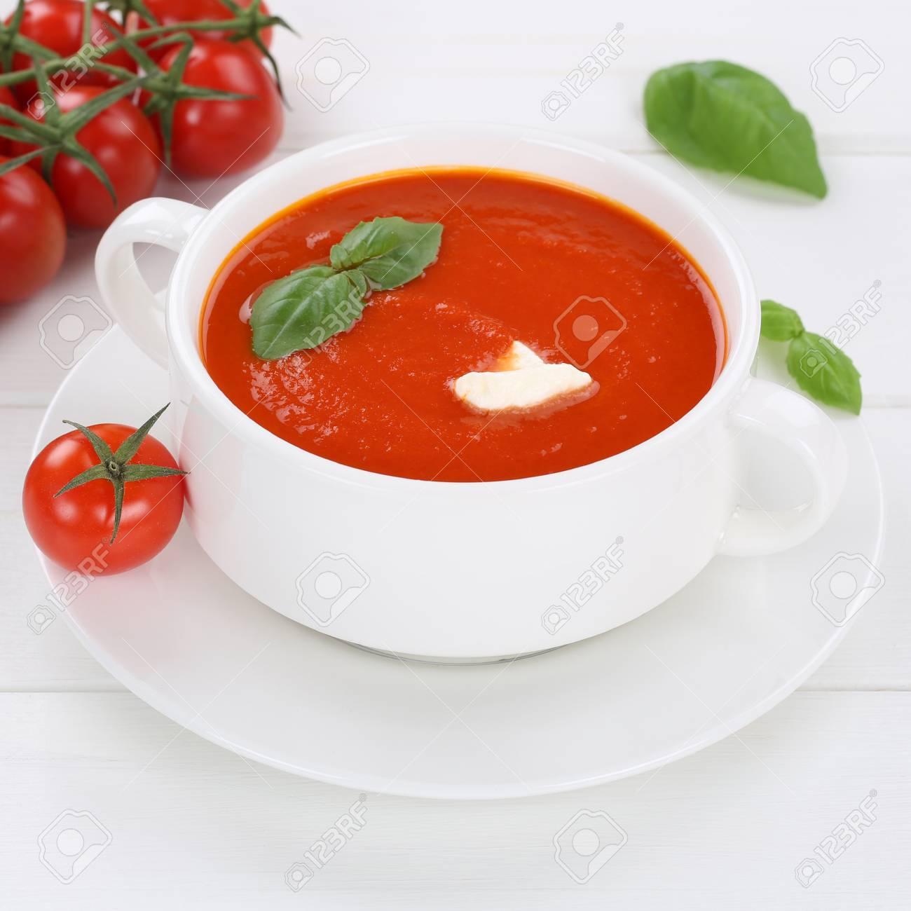 Gesunde Ernährung Tomatensuppe Mahlzeit Mit Frischen Tomaten In Der