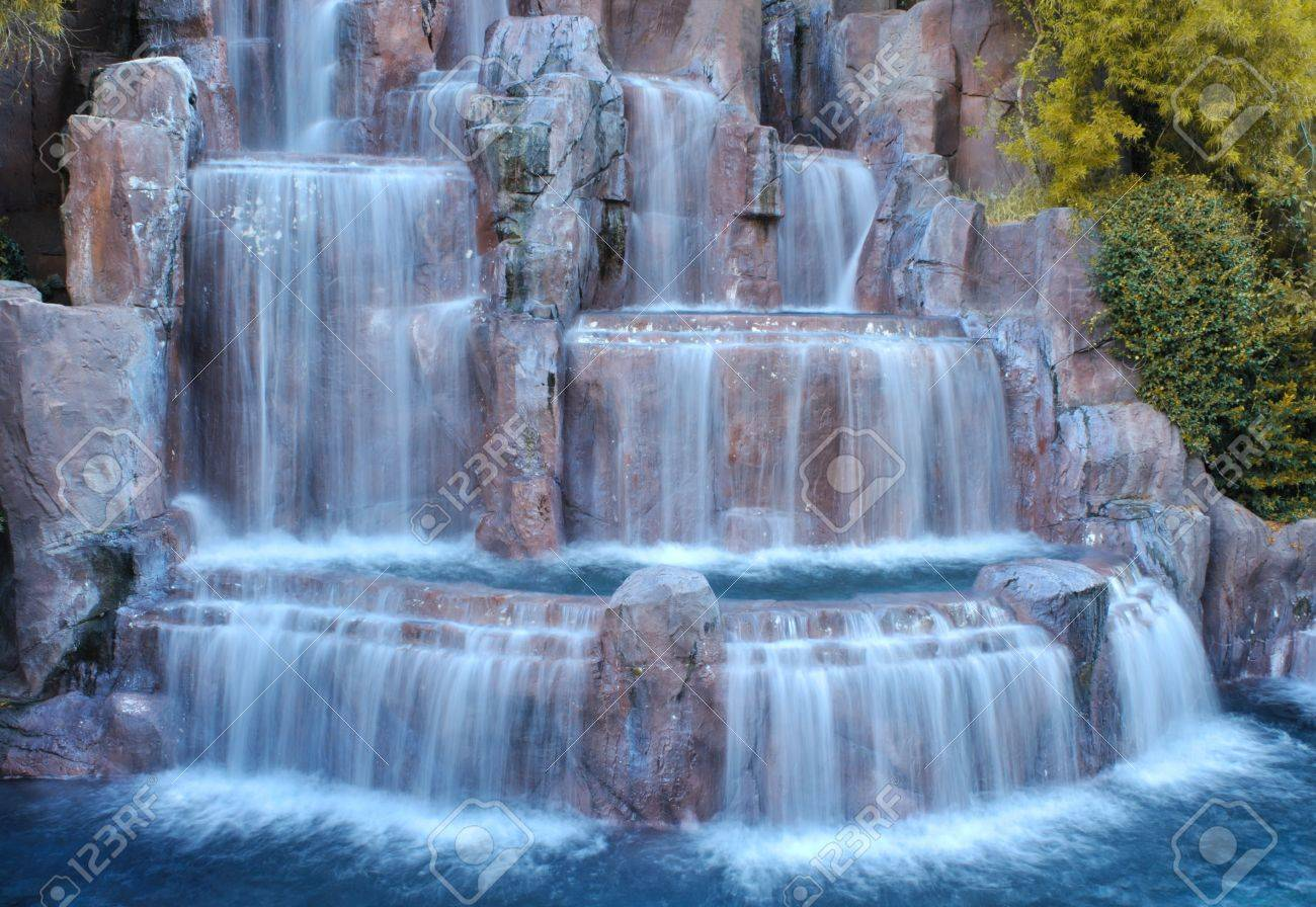 Man made waterfalls in Las Vegas, Nevada. Stock Photo - 7805297