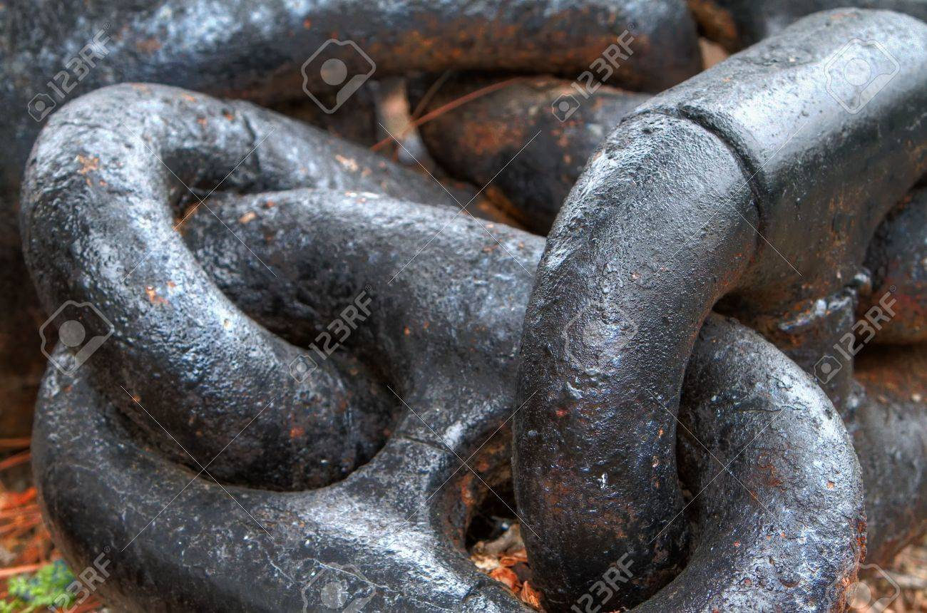 Close up of Large steel ships anchor chain Stock Photo - 6476135
