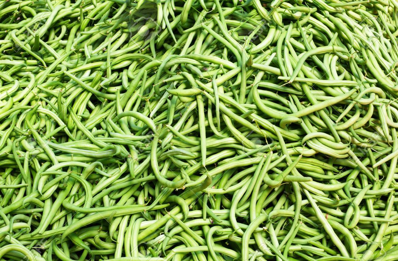 Big pile of Green string Beans at the farmers market Stock Photo - 16697047