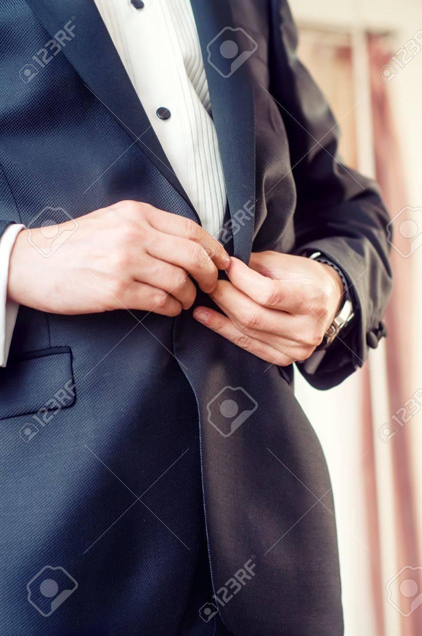 La Boutonner Mode Veste Adulte De En Jeune Homme Smoking Élégant qwaRRU