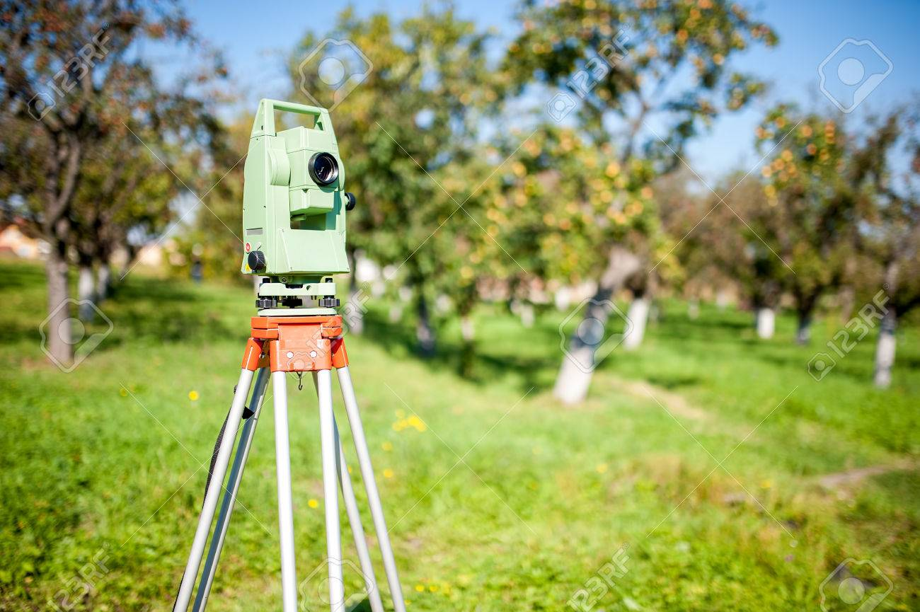 Total Station Surveying And Measuring Engineering Equipment At