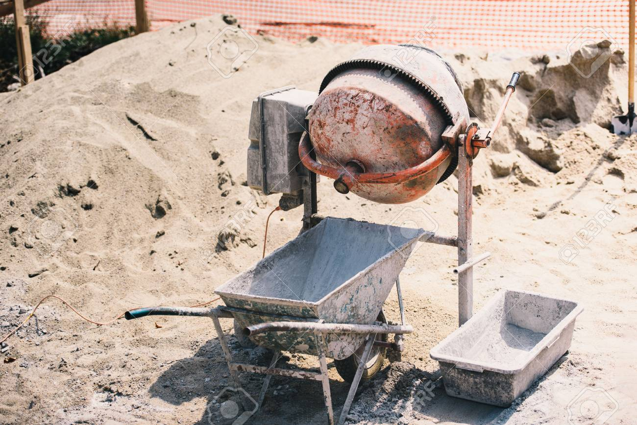 Construction details - Cement mixer machinery used on construction