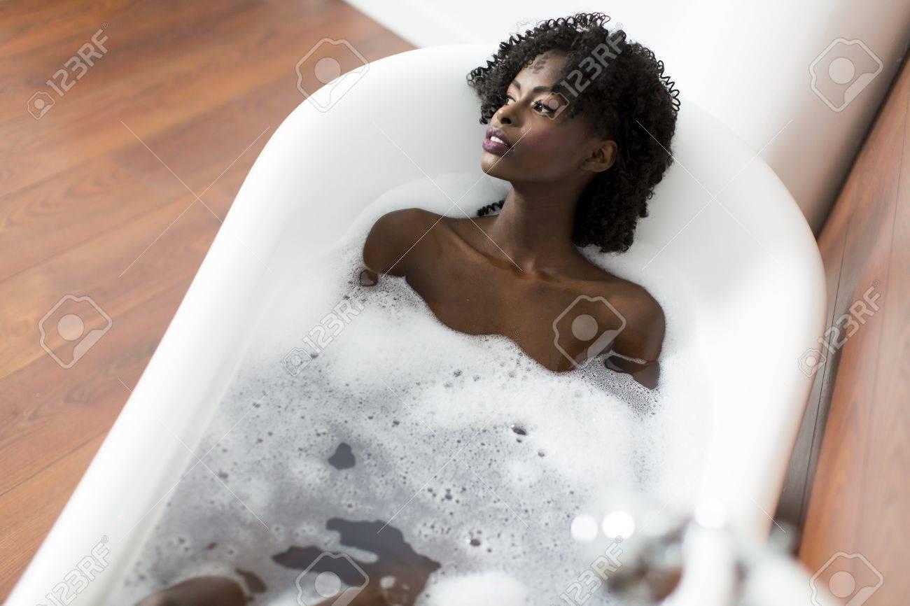 black-girl-tub-when-boy-fucking-malay-gi