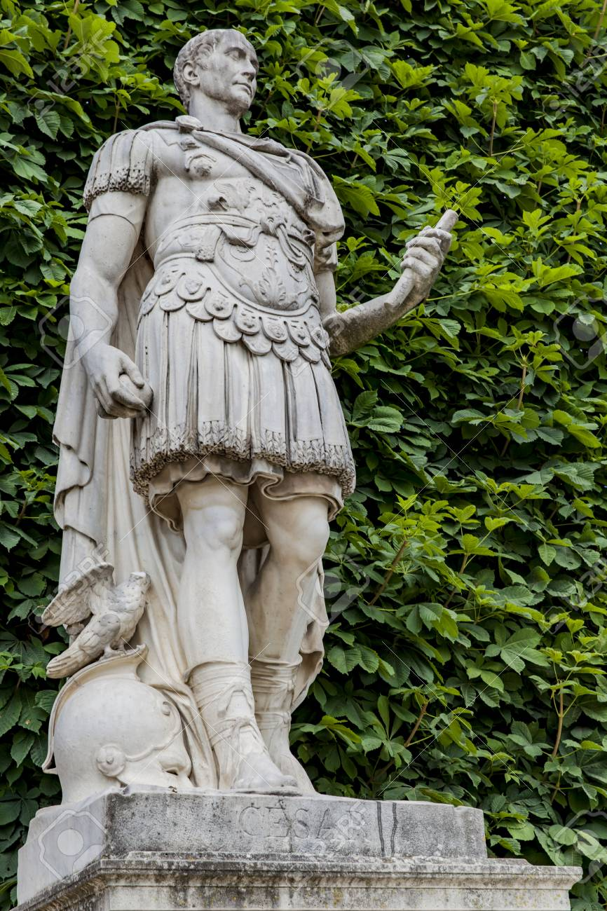 Statue Jules Cesar By Ambrogio Parisi From 1694 At Tuileries Stock Photo Picture And Royalty Free Image Image 80665169