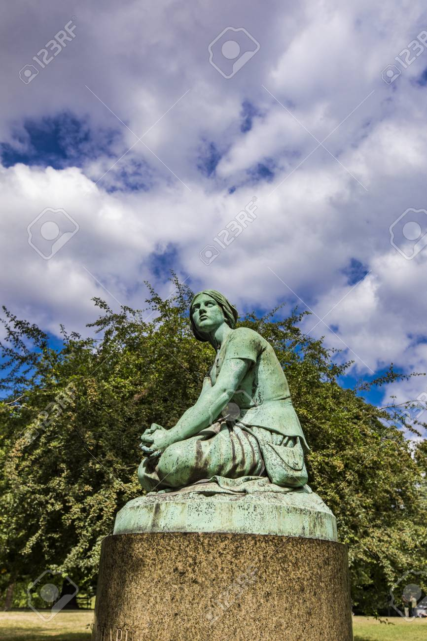 Replica of Joan of Arc statue designed by Henri Chapu at Ørstedsparken in Copenhagen, Denmark - 116297795
