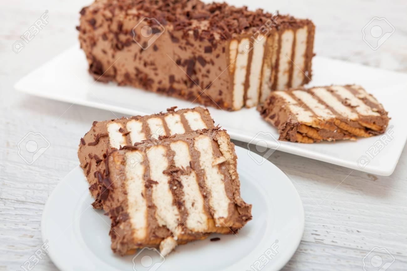 Stuck Schokolade Und Keks Kuchen Lizenzfreie Fotos Bilder Und Stock