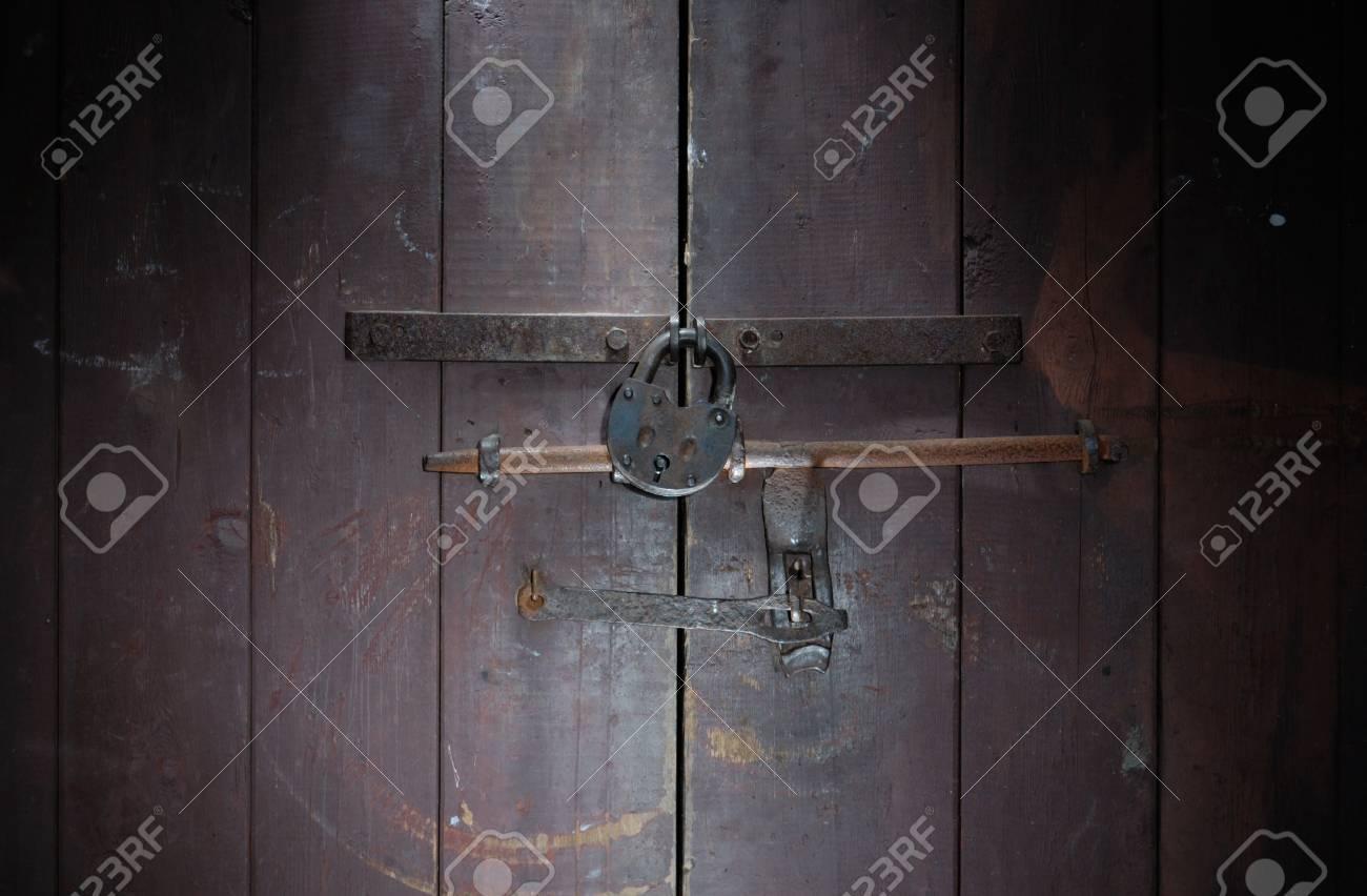padlock and door lightbrush Stock Photo - 11220347