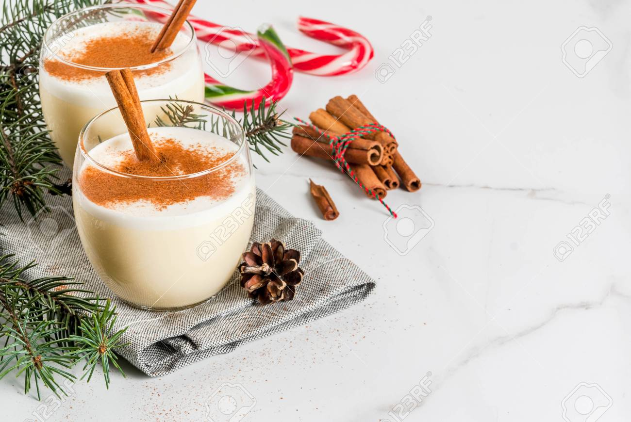 Traditional Winter And Christmas Drink Eggnog With Grated Nutmeg ...