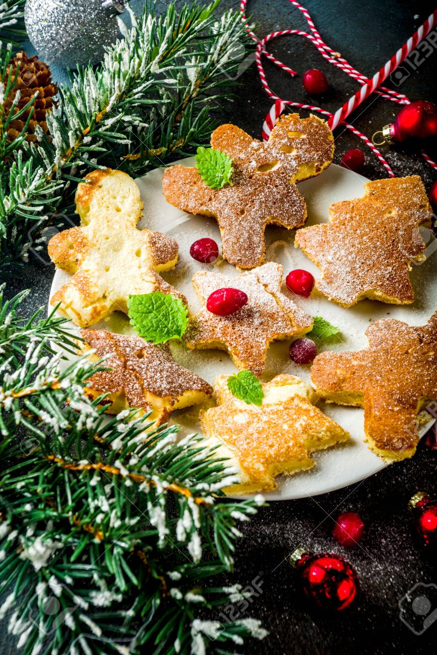 Creative Idea For Xmas Breakfast Funny Christmas Pancakes In Form
