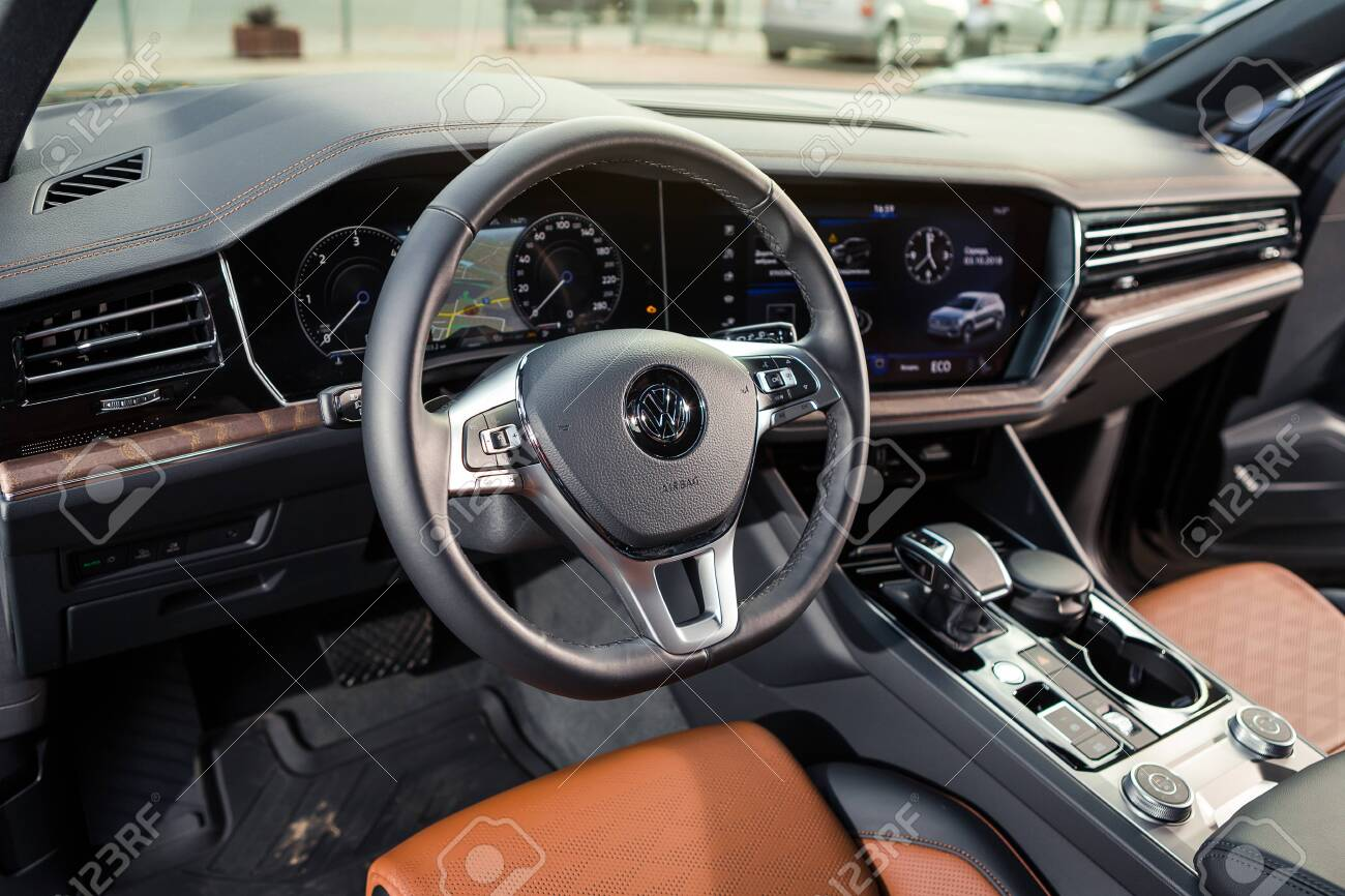 03 Of October 2018 Vinnitsa Ukraine New Volkswagen Touareg Stock Photo Picture And Royalty Free Image Image 114037433