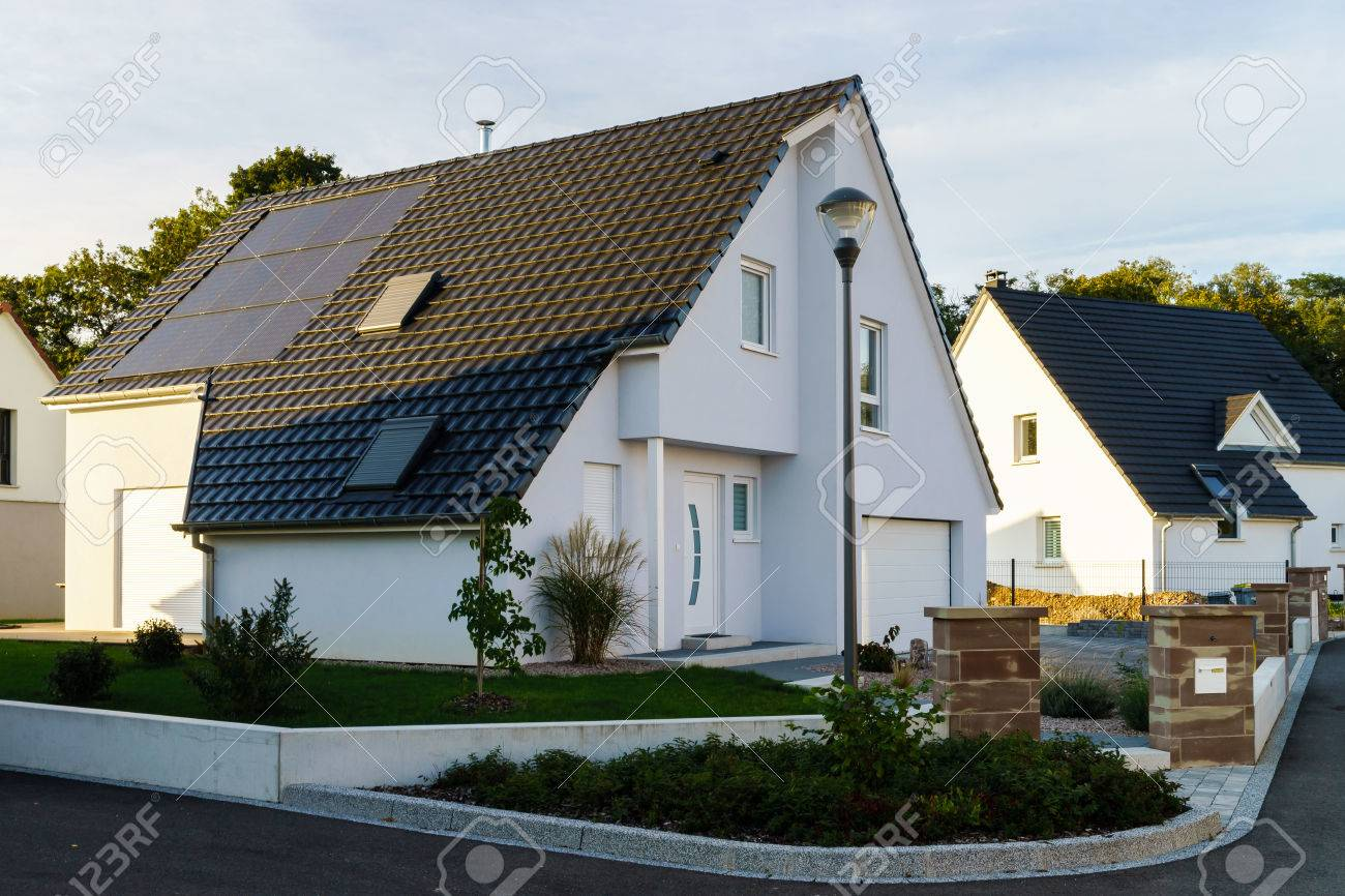 Classic family house in small french village, Saint-Pierre - 46353212