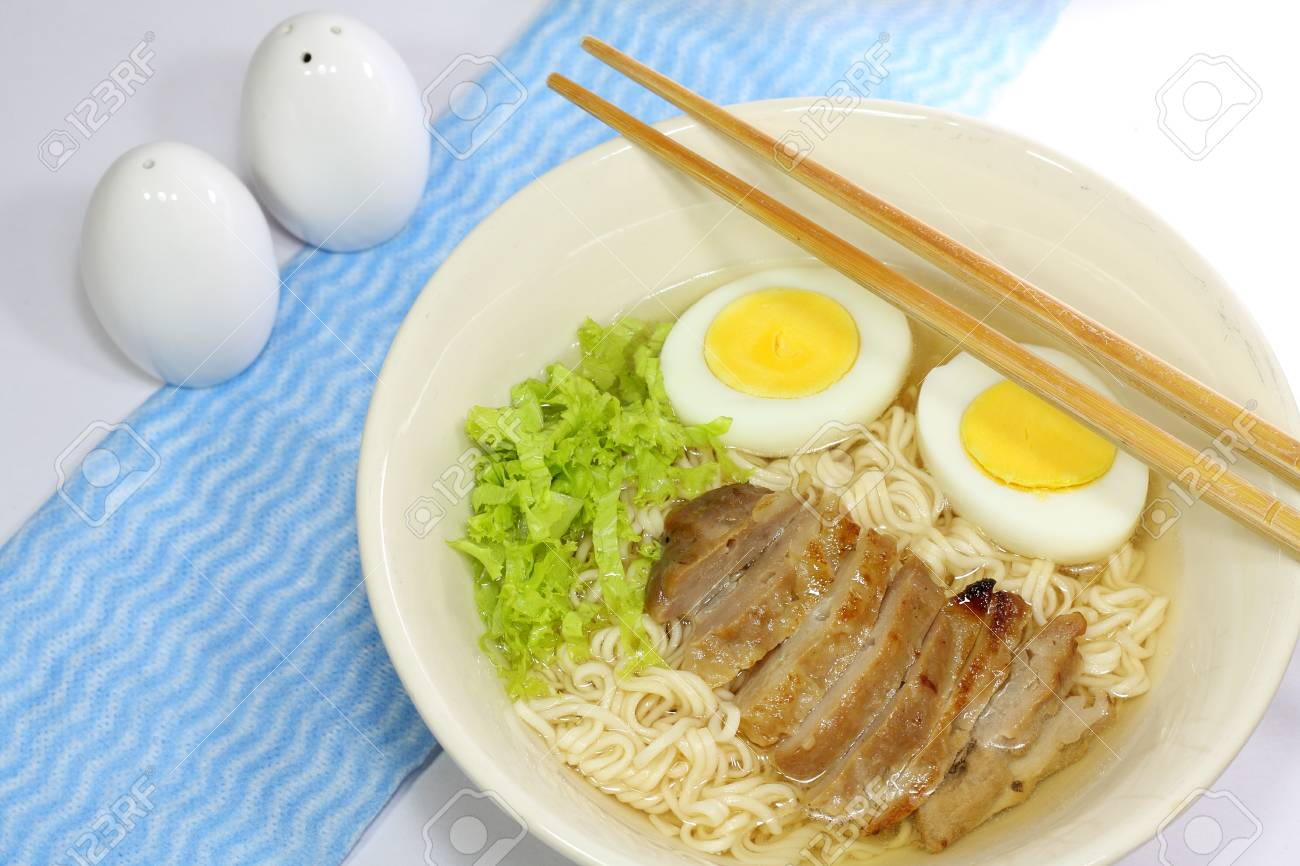 instant noodle with Roasted pork and Boiled egg Stock Photo - 23406653