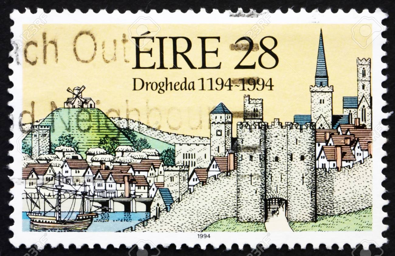 IRELAND - CIRCA 1994: a stamp printed in the Ireland shows Medieval View of Drogheda, 800th Anniversary of Drogheda, circa 1994 Stock Photo - 12847963