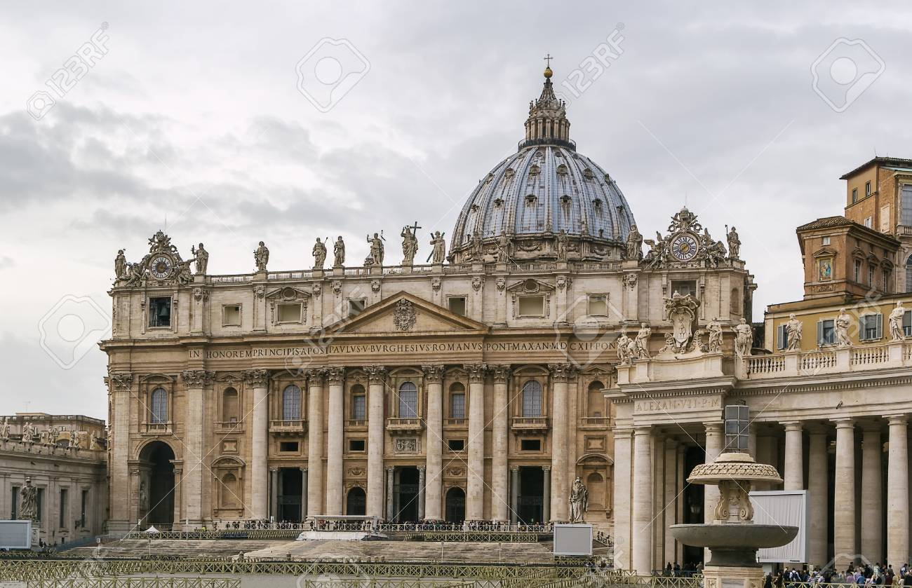 Style De La Renaissance st. peter basilica is a church in the renaissance style located..