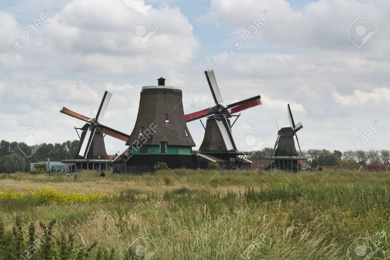 Windmills of the Zaanse Schans, Holland Stock Photo - 16442322