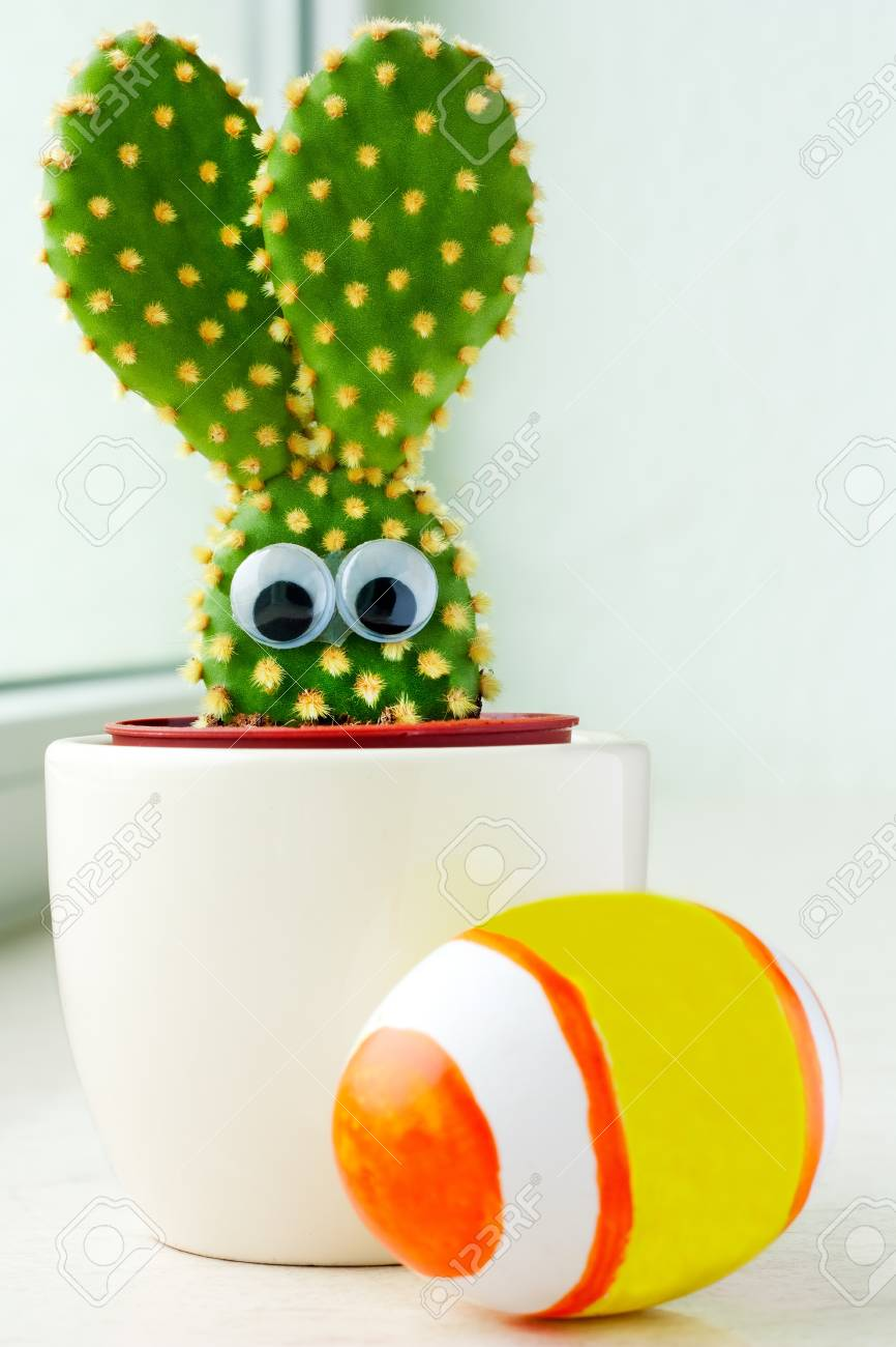 Closeup of a small cactus in shape of a bunny and easter egg Stock Photo - 9054160