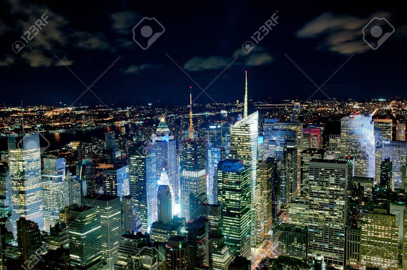 New York night cityline - 30555595