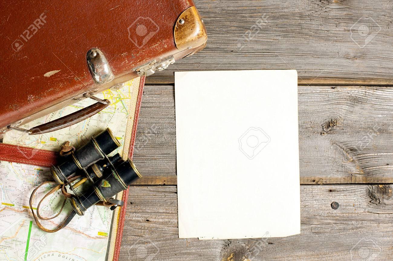 travel arrangements and blank checklist - 35083570
