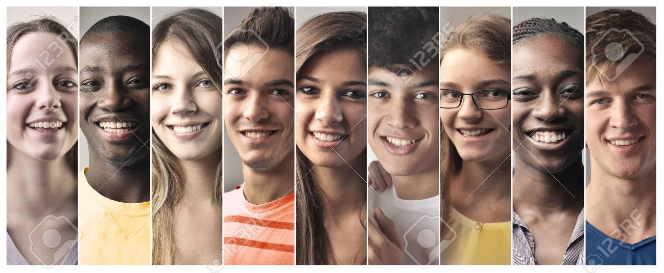 Teenagers smiling Standard-Bild - 50744455
