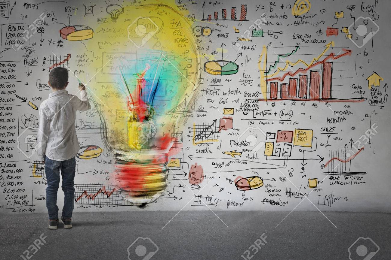 Drawing new business ideas Standard-Bild - 63850068