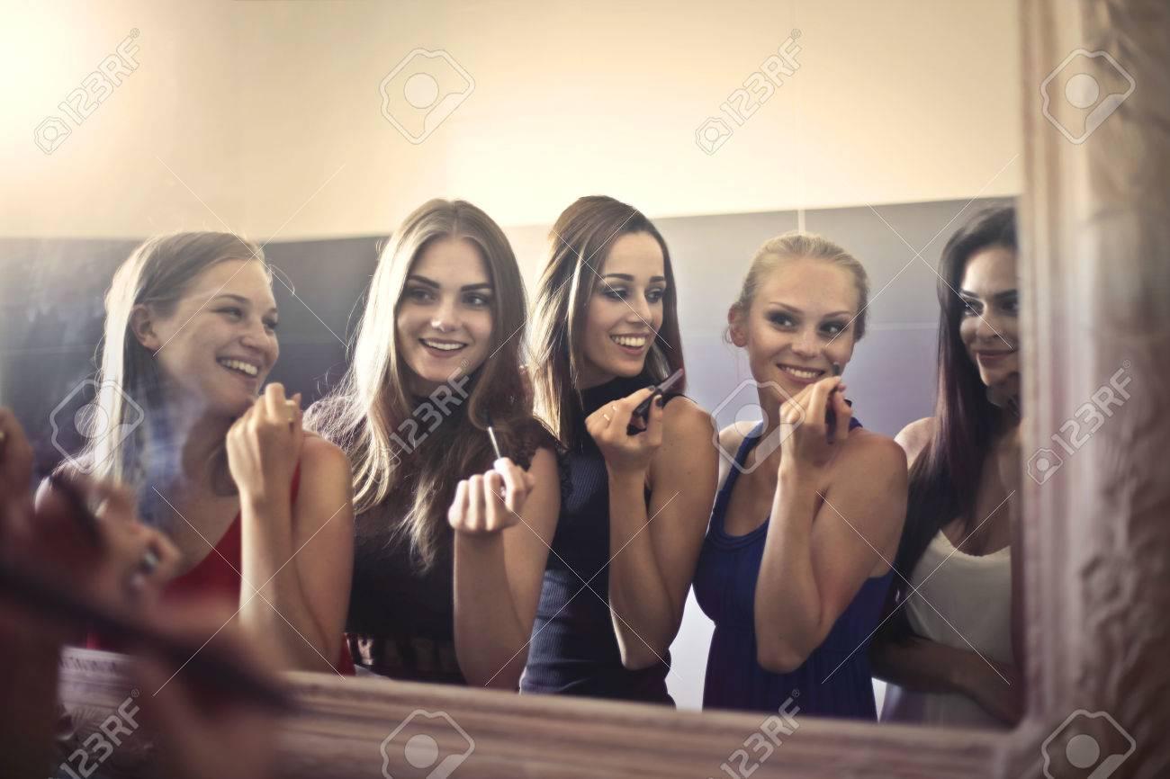 Girls getting ready Standard-Bild - 65828659