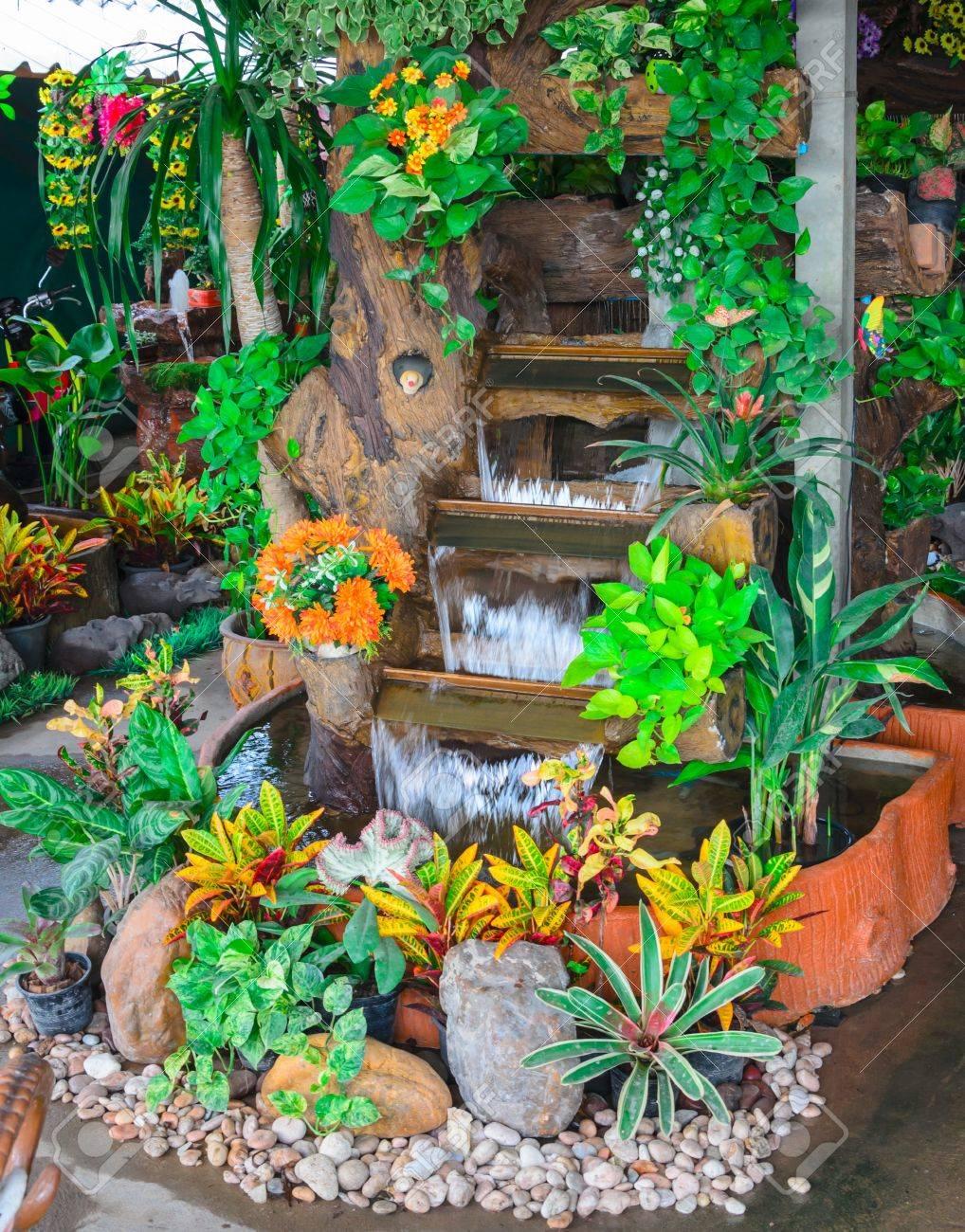 Decoracion Al Aire Libre Fuentes De Agua Del Jardin Fotos Retratos - Fuentes-agua-jardin