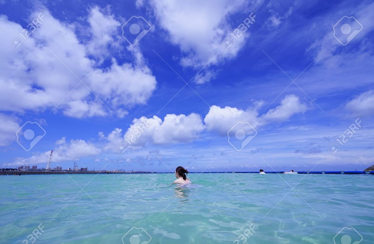 Sea and sky - 104649015
