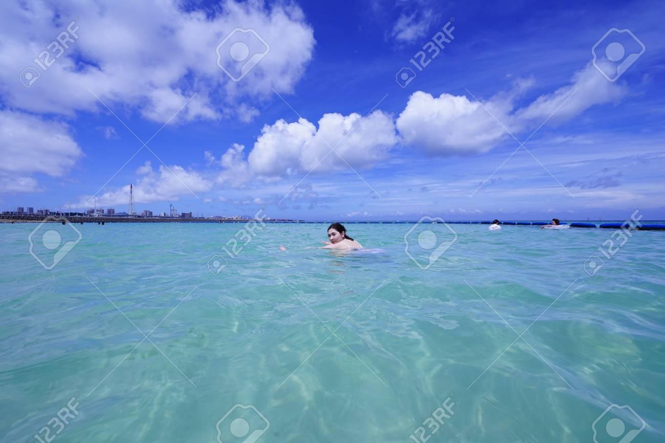 Sea and sky - 104649016