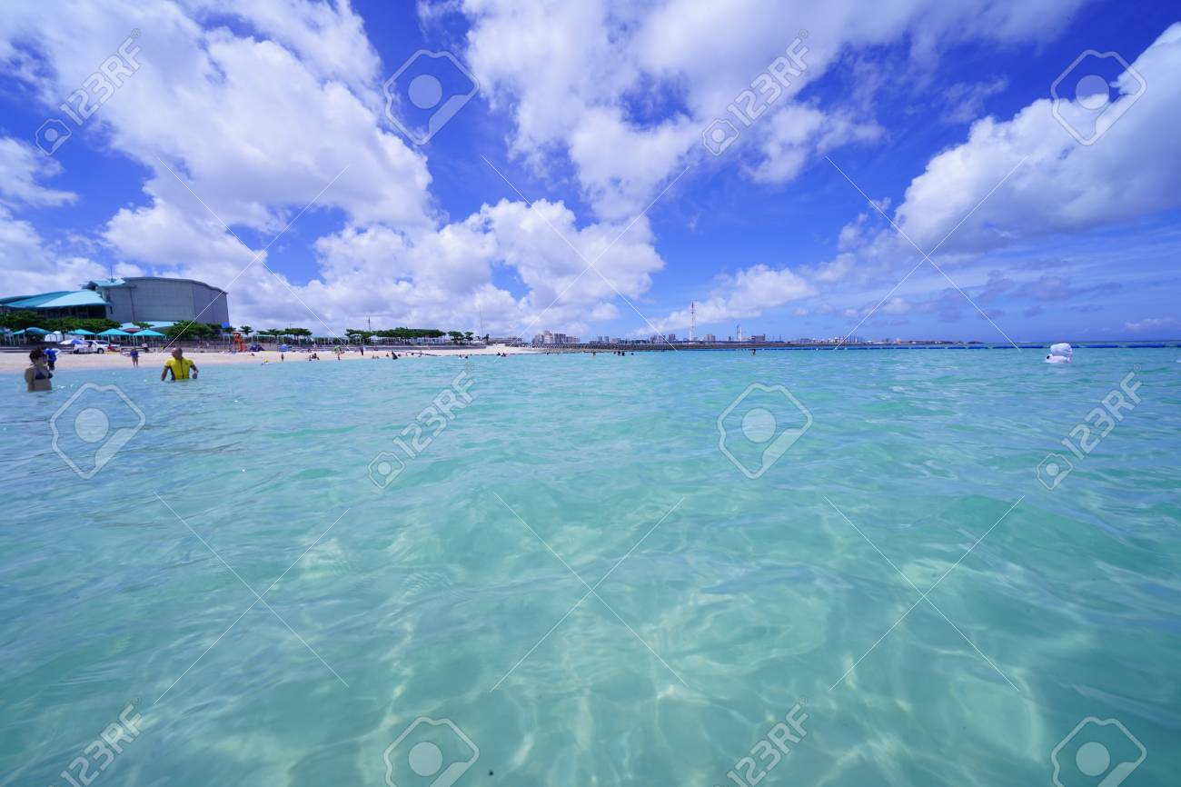 Sea and sky in Okinawa - 104665504