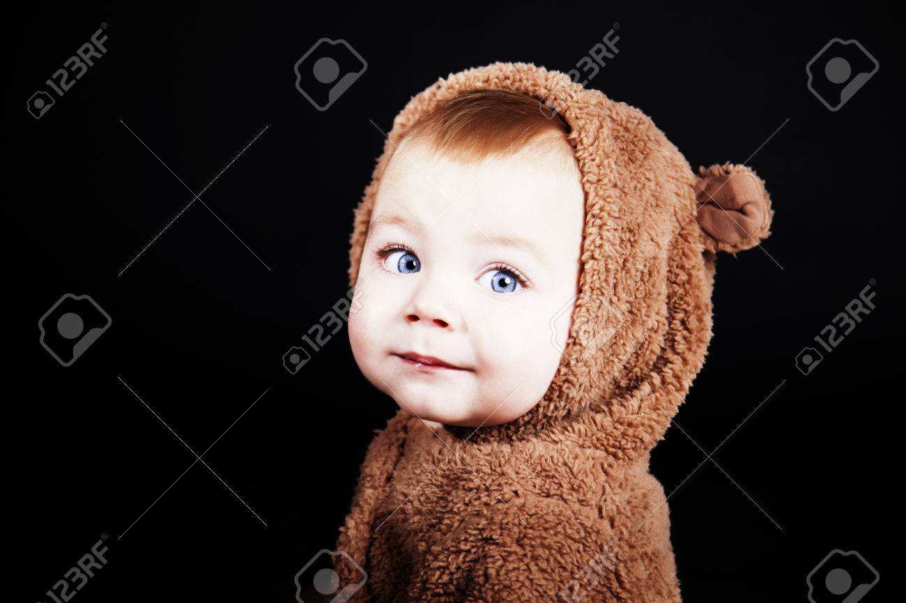 Cute baby boy with teddy bear costume Stock Photo - 40182130  sc 1 st  123RF.com & Cute Baby Boy With Teddy Bear Costume Stock Photo Picture And ...