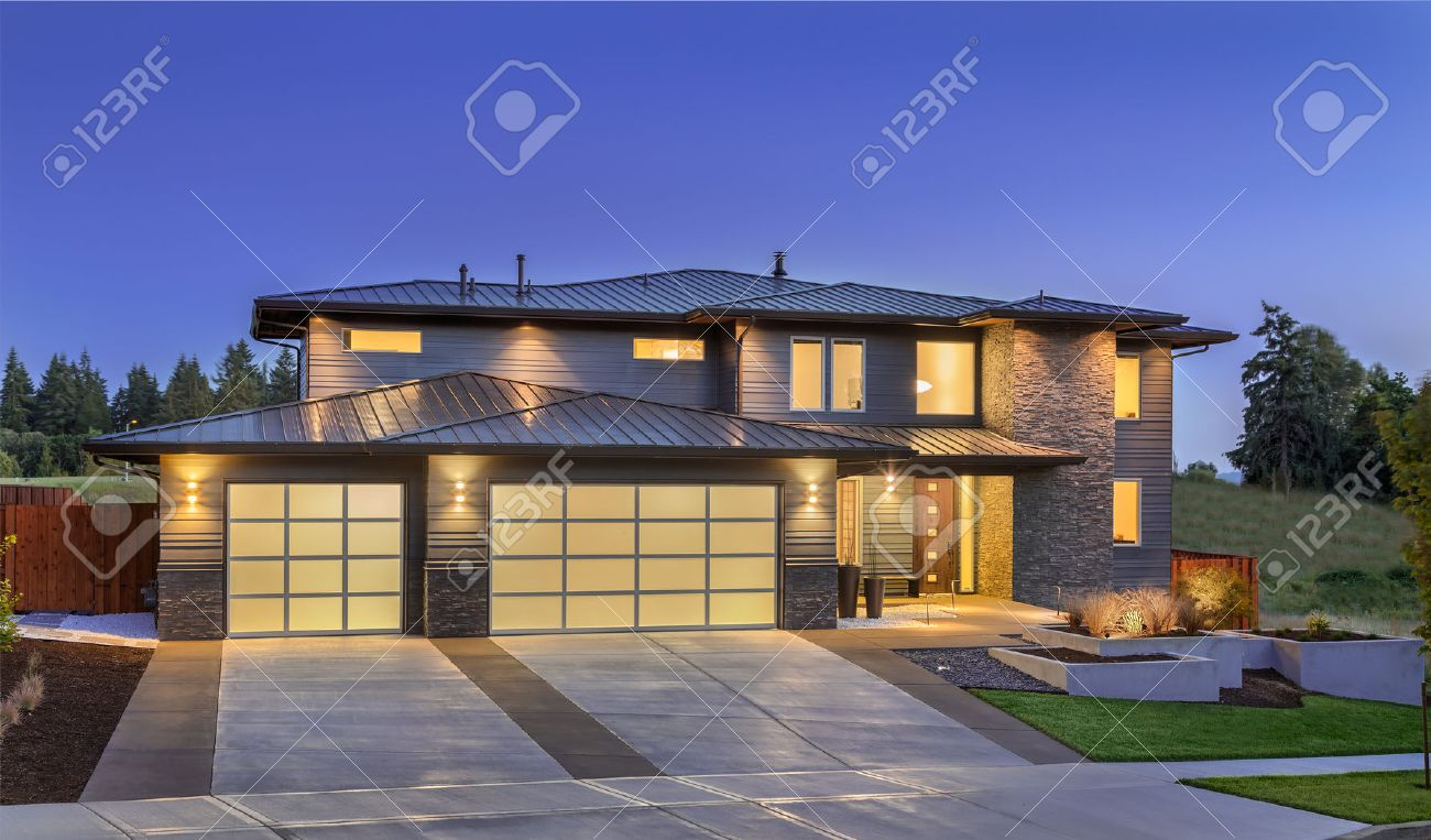 Luxury homes exterior - Luxury Homes Exterior Front Elevation Of Luxury Home In Evening