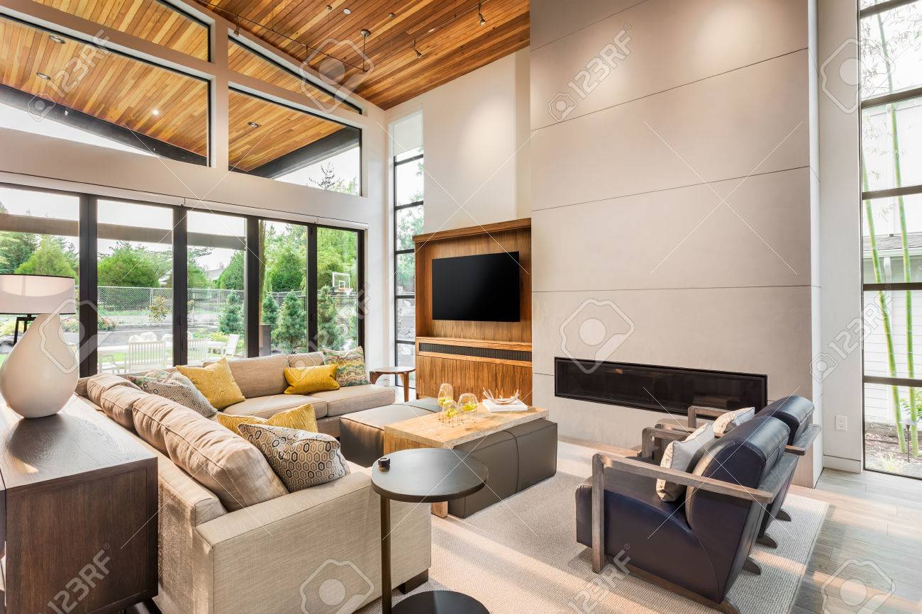 Beautiful Living Room Interior With Vaulted Ceilings Hardwood