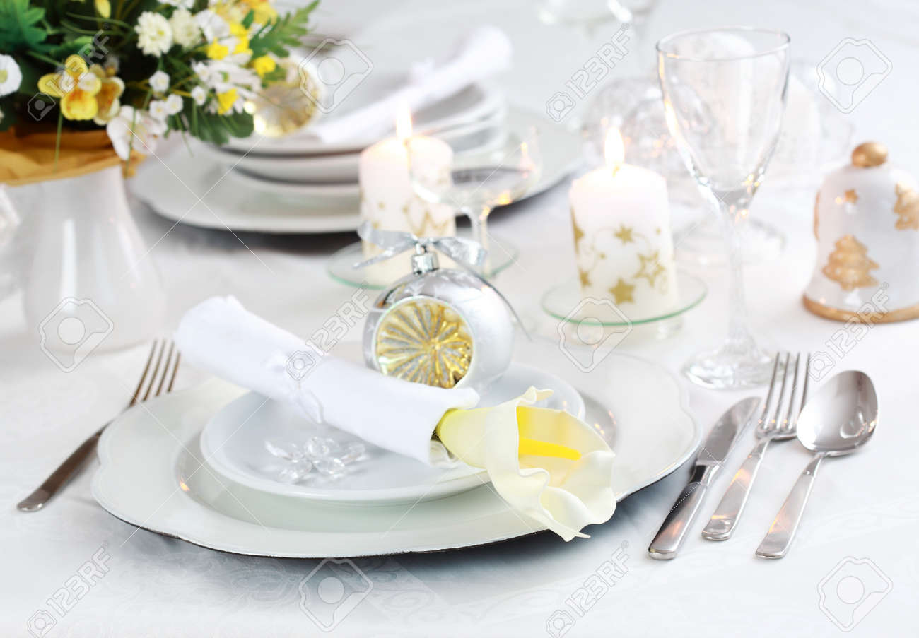 Luxury place setting in white  for Christmas or other event Stock Photo - 8036335