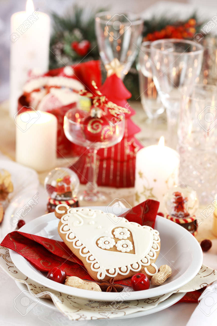 Table setting for Christmas with fresh fruits Stock Photo - 8334240
