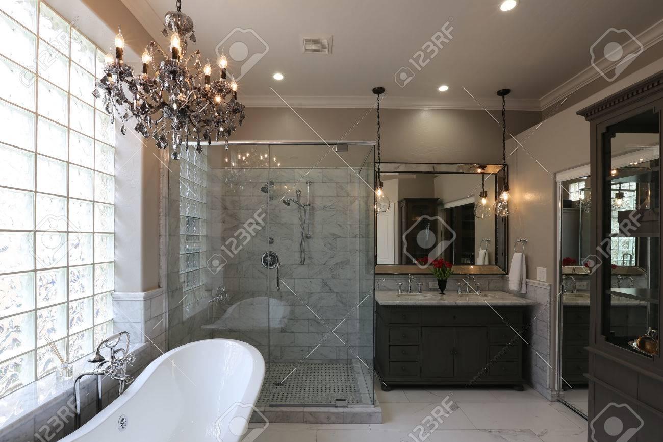 Luxury master bathroom - Luxury Master Bathroom Landscape Stock Photo 77168251